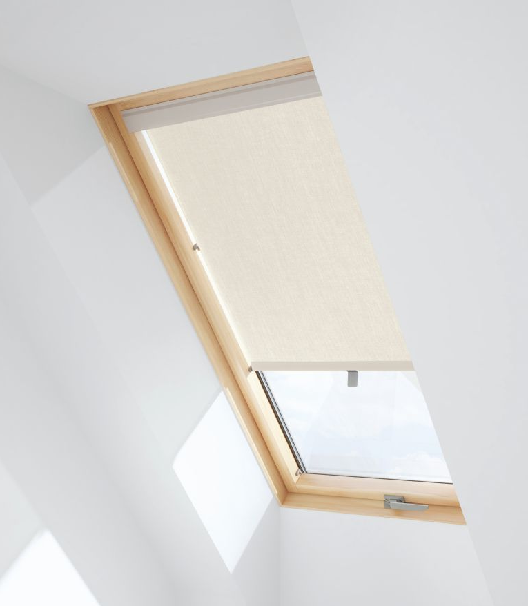VALE for Skyview Roller Blind (RHR)